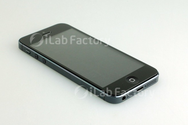iPhone 5 Finally Shown Off Completely Assembled