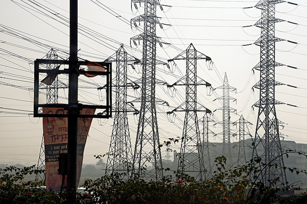 Why Aren't the Indian Blackouts Affecting the Country's Technology Centers?