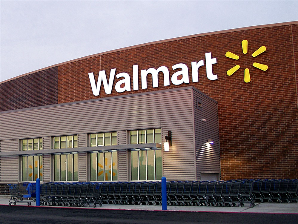 Exclusive: Wal-Mart Stops Selling Amazon Kindles