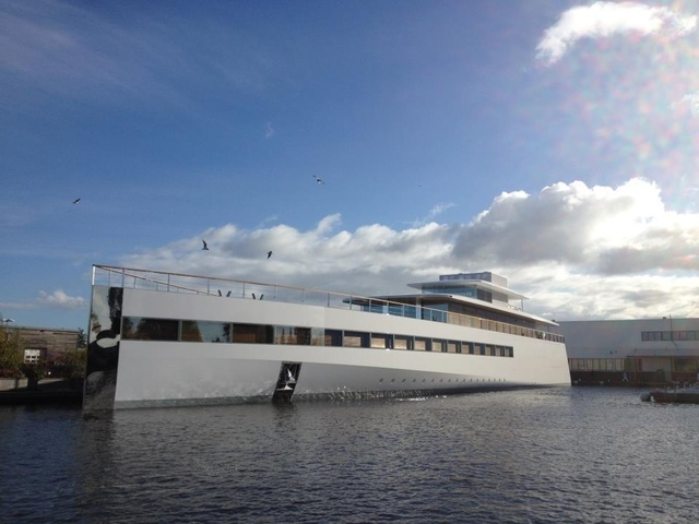Steve Jobs's Yacht Makes Its First Appearance [Video]