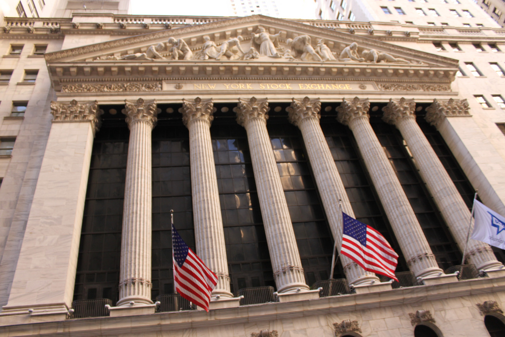 Stock Exchanges under Cyber Attacks - Markets at risk