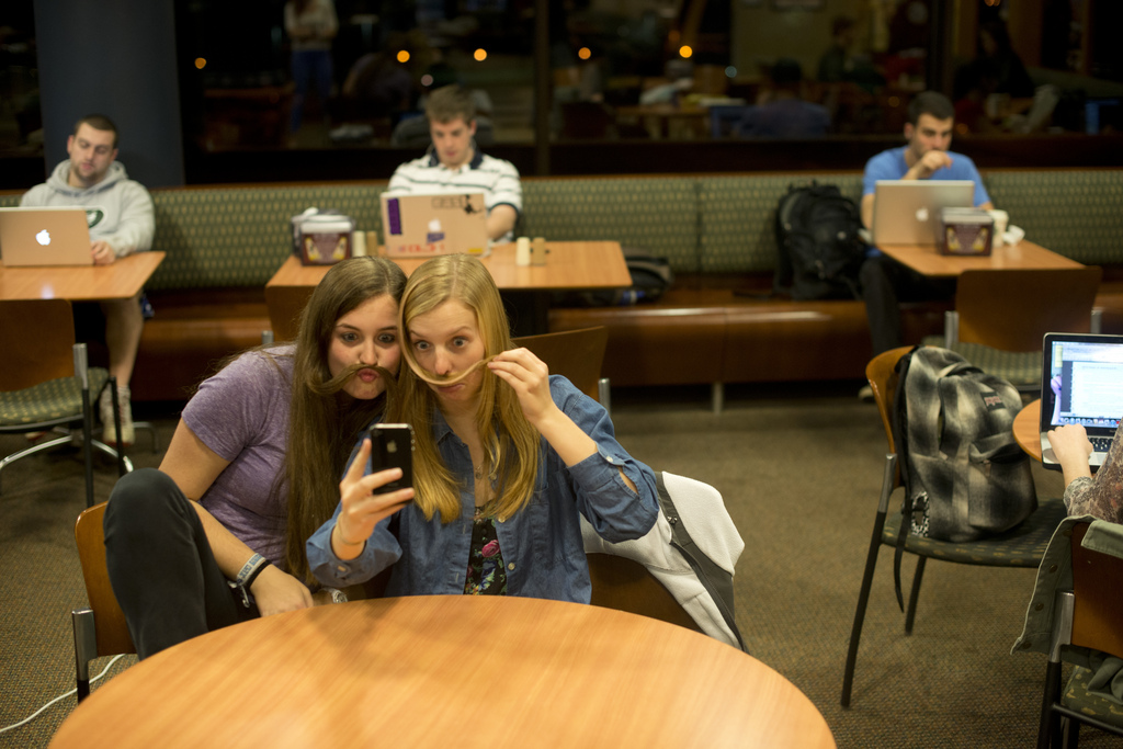 Why is Snapchat so Popular among Teenagers?