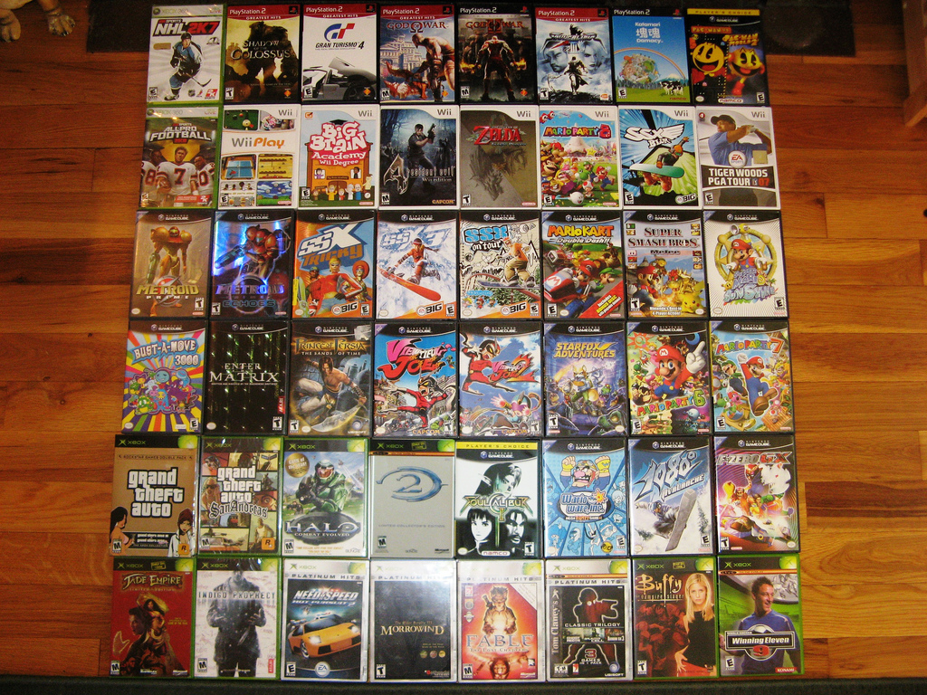 video games cds 1 Reasons & Advantages for Selling Old Video Games CDs