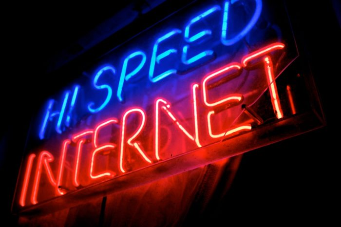 Global Report Finds India's Internet Speeds Improve But Still Lagging Behind Other Nations