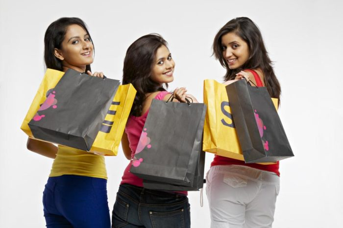 Walmart, Flipkart, and Amazon: The Tug of War Continues in Indian E-commerce