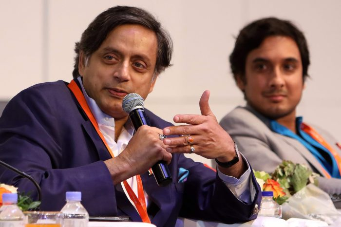 Shashi Tharoor Introduces Bill to Regulate Indian Online Gaming Sector